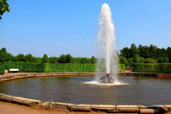 fontana menazhernaja - peterhof - fonte-putidorogi-nn.ru