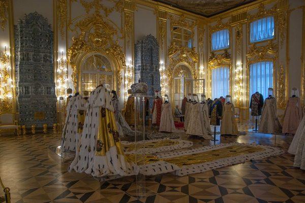 palazzo di caterina - abiti imperiali