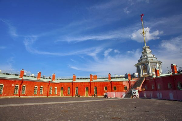 Tour San Pietroburgo, fortezza di Pietro e Paolo dall'interno