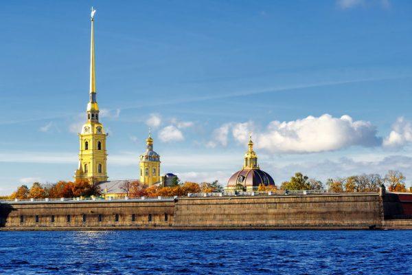 Tour di San Pietroburgo, Fortezza di Pietro e Paolo