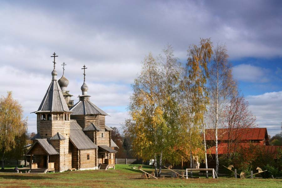 chiesa fatta di legno in russia